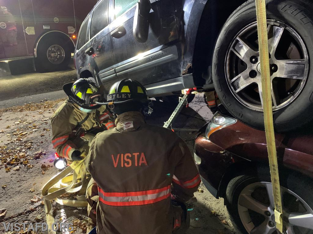Vista Firefighters conducting stabilization operations