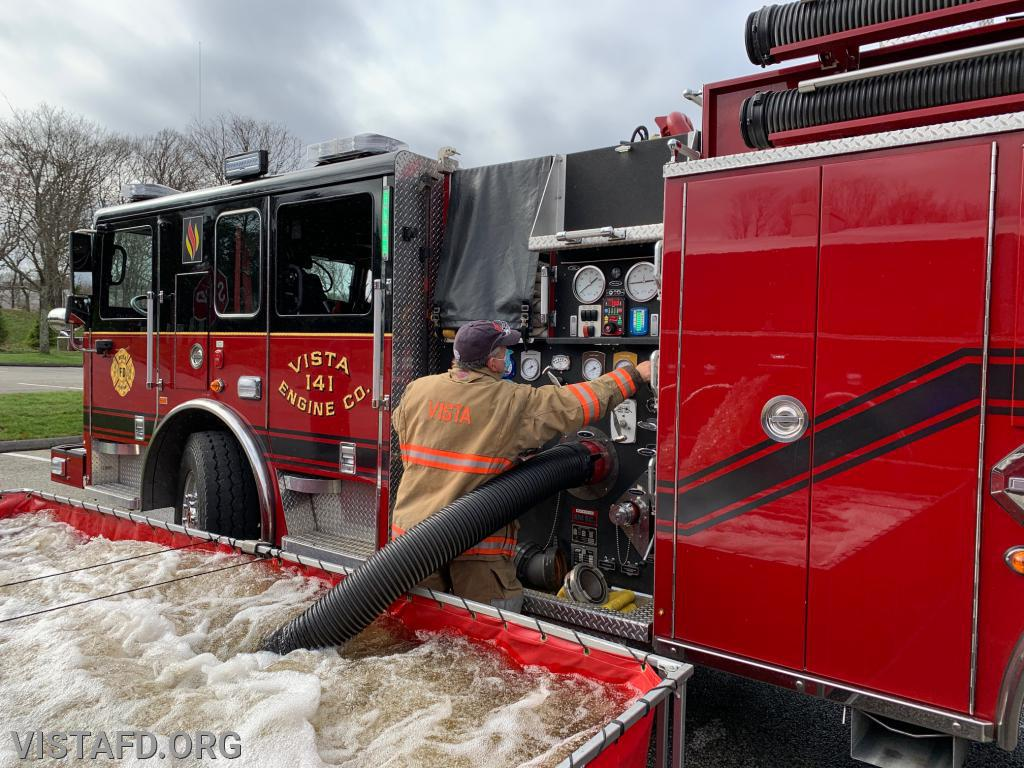 Engine 141 conducting drafting operations