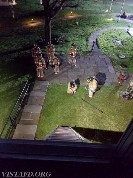 Vista Firefighters preparing to go through V.E.I.S. evolutions