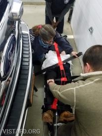 Vista EMS personnel reviewing how to use the traction splint